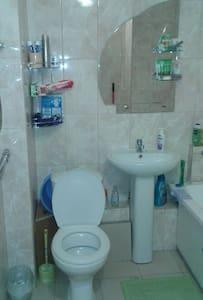 здаю в аренду квартиру - Almaty - Apartment