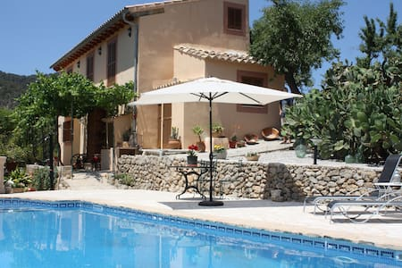 SA TEULERA. Beautiful country house with pool. - Alaró