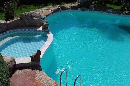 2 piscine private - Villa