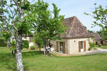 Holiday cottage with swimming-pool - Périgord Noir - Haus