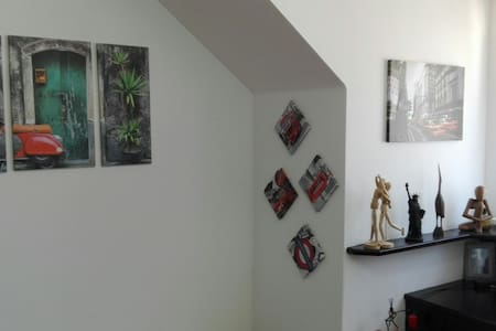 5 mnt walking to the city centre - Linz - Apartment