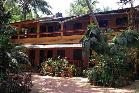 8 B.R. Homestay with cafe at Anjuna - Aamiaismajoitus