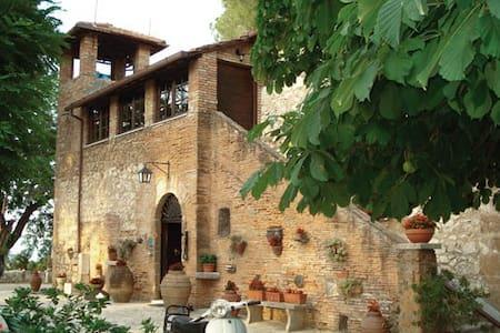 """Tenuta di Verzano """"IL CASALE"""" - Haus"""