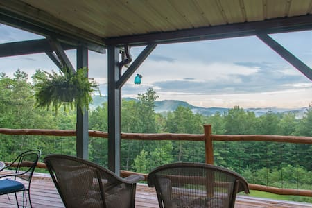 Jewel of the Woods: Mountain View, AC, Sauna, Wifi - Hus