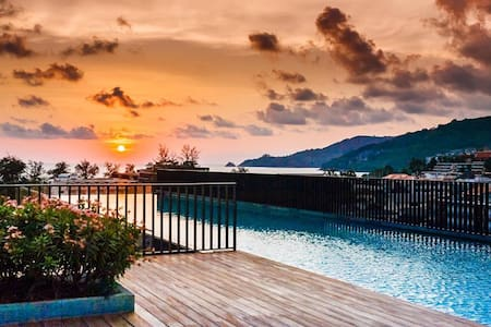 Luxury Patong Beach 44 sqm Apartment for 2 with Pool & Gym! - Patong - Apartment