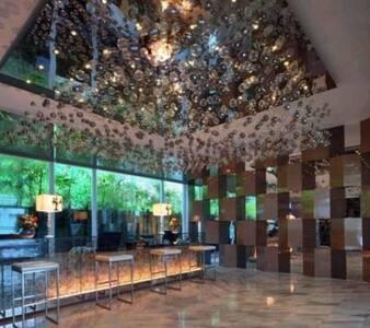 Best location Servic apt Sri Hartamas Kuala Lumpur - Kuala Lumpur - Wohnung
