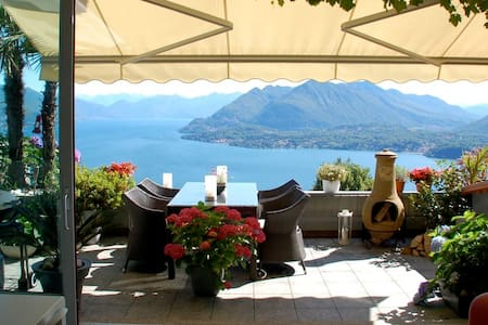 Stunning penthouse with panoramic views in Stresa - Magognino - Wohnung