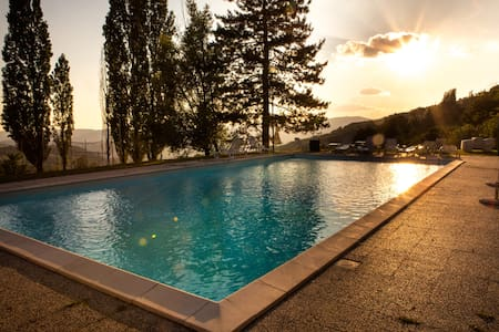 Awesome apartment in a 1500 Villa - Rufina