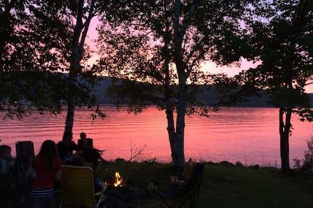 Wonderful Lakehouse (Summer and Fall) - Eagle Lake