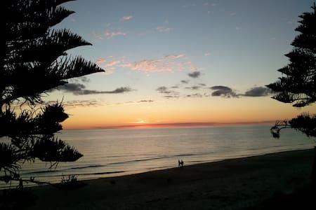 Adelaide Beach Bliss - Rumah