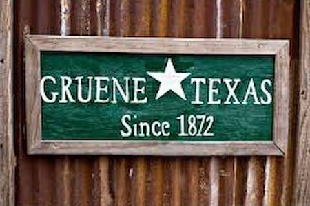 Historic Gruene River Getaway - Hus