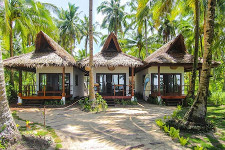 Surfing Carabao Beach House 2 - Bungalow