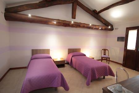 Agriturismo BIO nella Pace del Parco del Ticino 2 - Bed & Breakfast