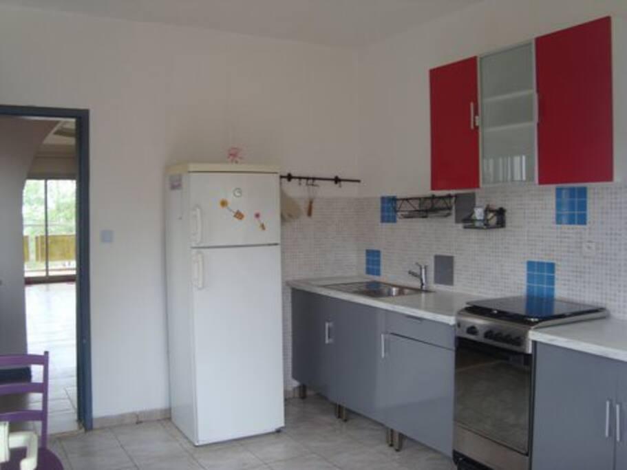 Cuisine appartement F3 ( orchidée ) spacieuse et pratique
