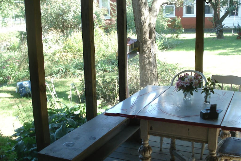Warm summer or cool autumn evenings are best enjoyed on the screened porch!