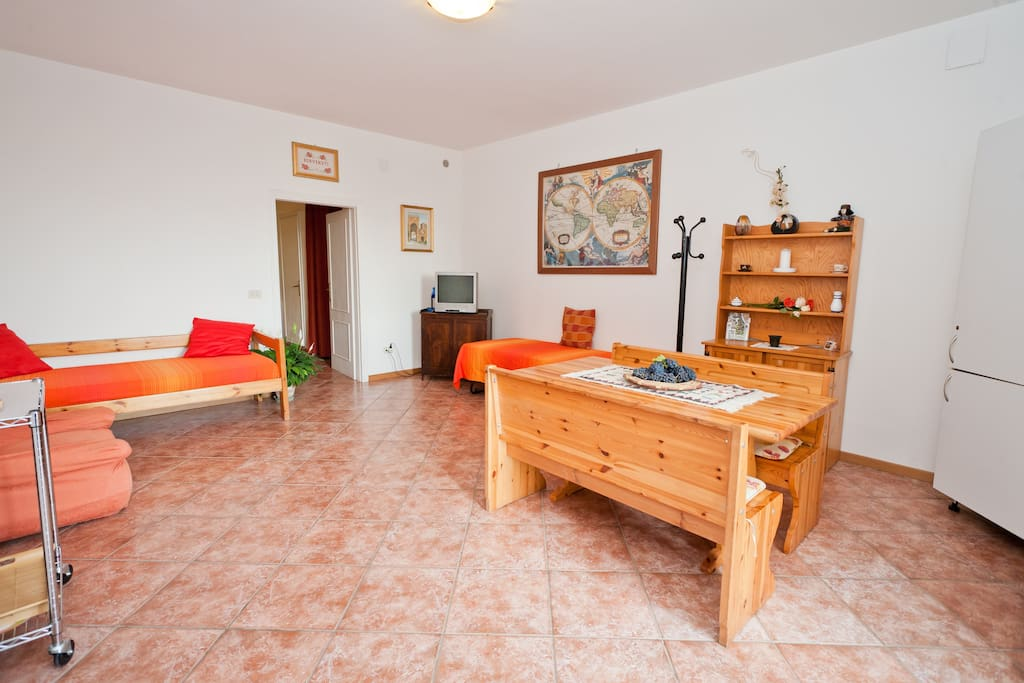 FANTASTIC APARTMENT ASSISI BARABANI
