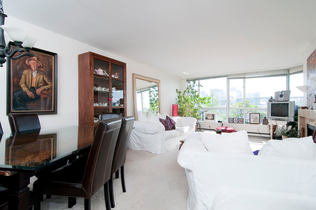 Waterview Suite at Granville Island