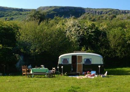 Burren farm camping - Camper/RV