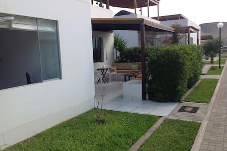 Alquiler hermosa Casa - Playa Azul - Ház