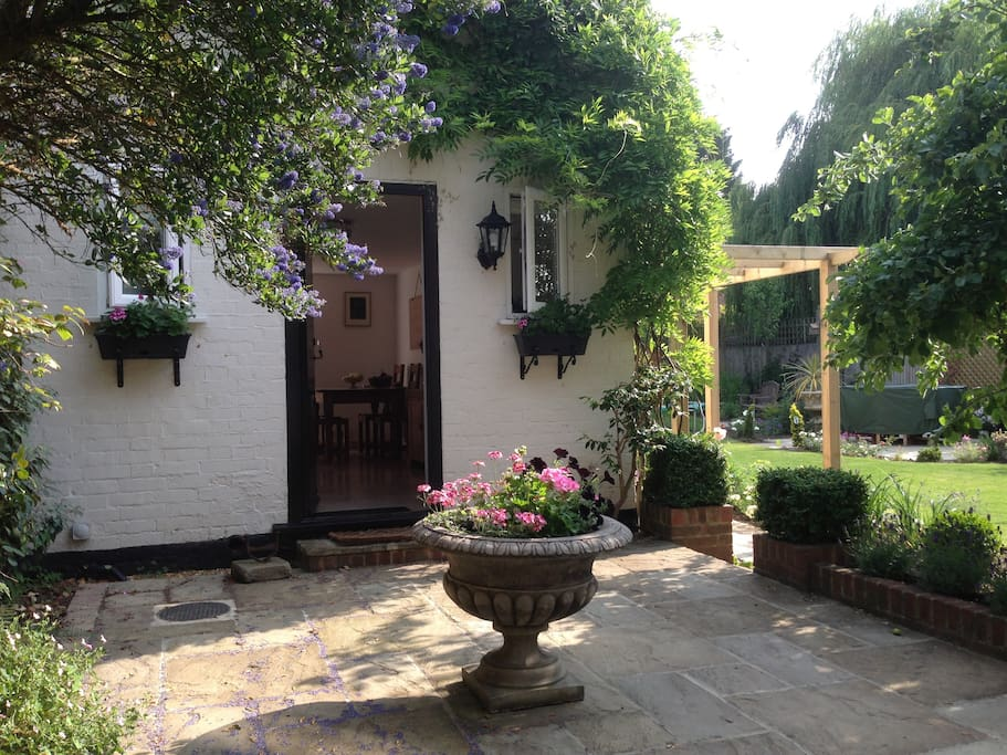 The courtyard in summer.