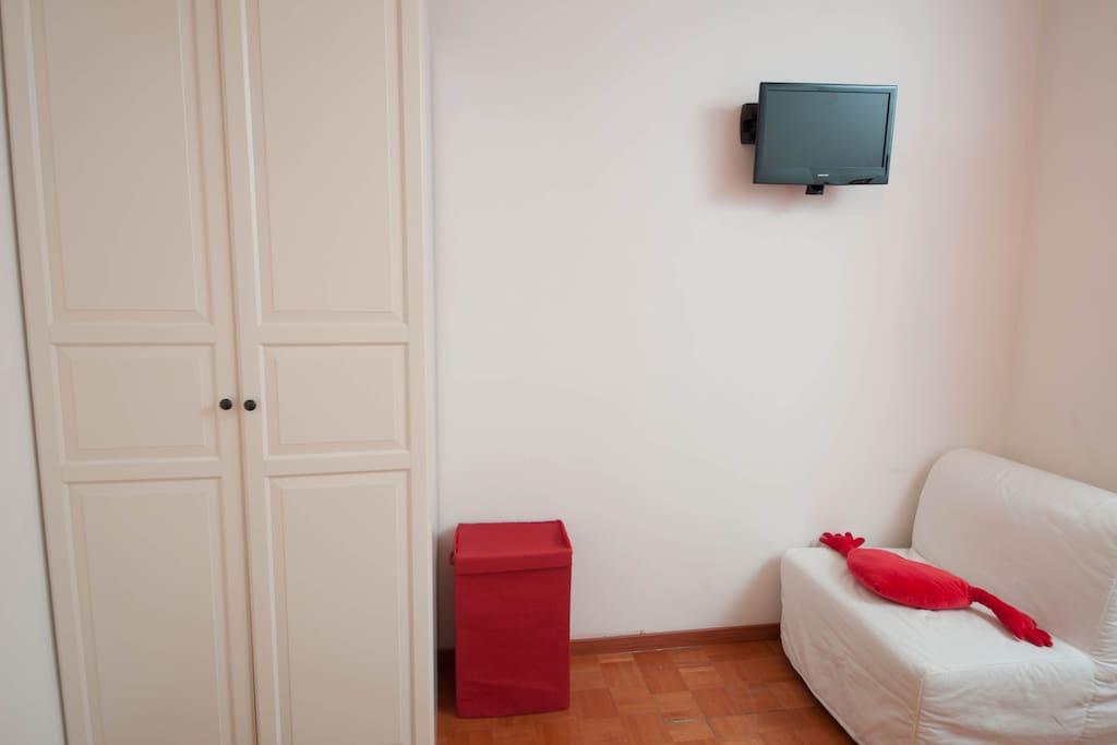 Trastevere Red Room