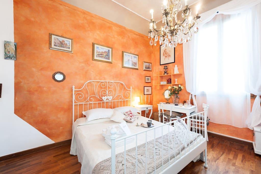 Room Cuore Arancio 1111