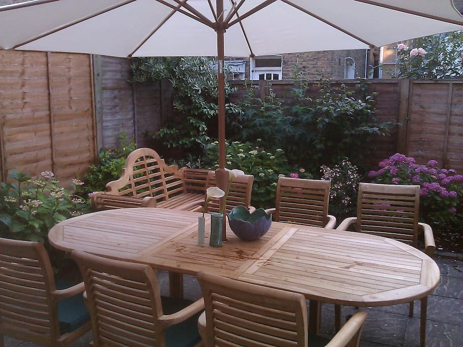 Patio Garden. Unwind and relax after a hard days sight-seeing.