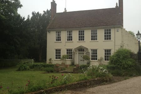 Spellbrook Farm Self Catering B&B - Spellbrook