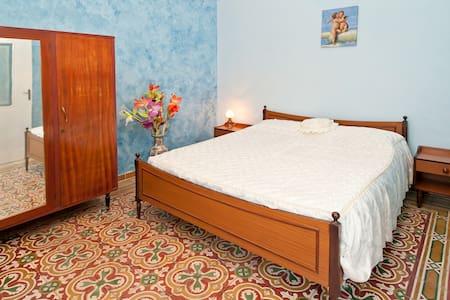 1 cozy double room in Sardinia Giba - Giba