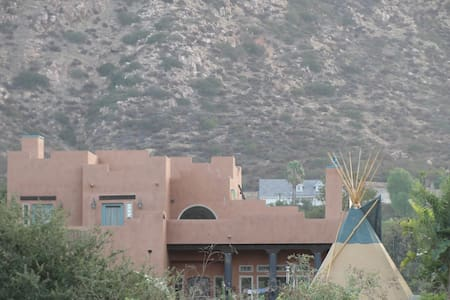 Mystic Canyon Cozy Bedroom - El Cajon