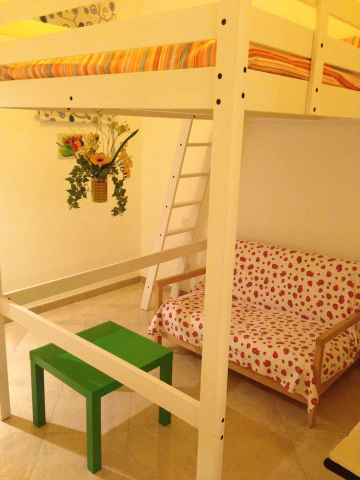 Cheap rooms for tourists (4)