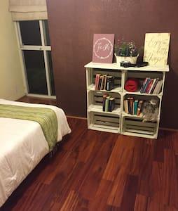 Great bed & breakfast cosy room