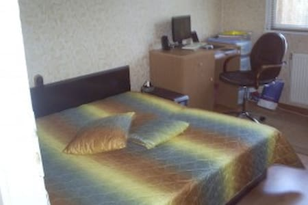 Private room in a shared flat - Vratsa - Bed & Breakfast