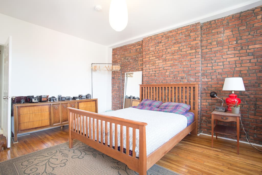 Spacious Room in Bedstuy/Bushwick