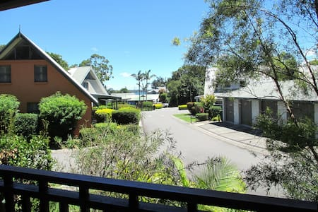 Waratah Resort Cottage at Raffetys - Cams Wharf