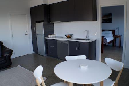 Modern New Apartment - Flat
