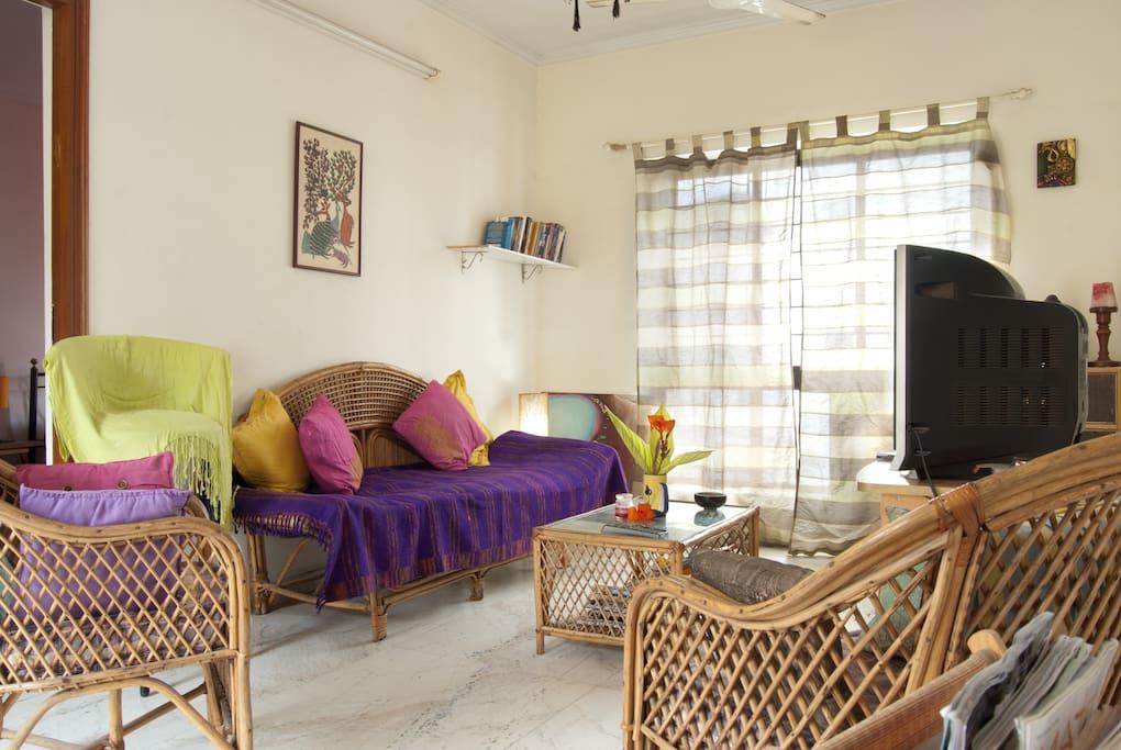 Room in Beautiful terrace flat KP
