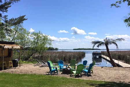 Pelican Lake guest cabin by resort! - Chatka