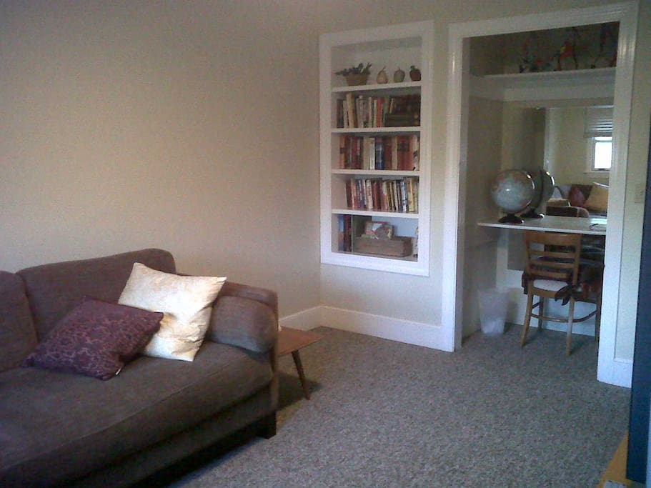 Extra room for sitting, computing or watching BIG SCREEN TV!