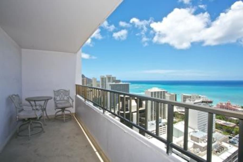 2Bd -  Penthouse w/ Ocean Views
