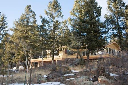 The Cabin at Yankee Creek - Evergreen