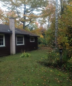 2 bedroom cabin in the Berkshires - Savoy - Hus