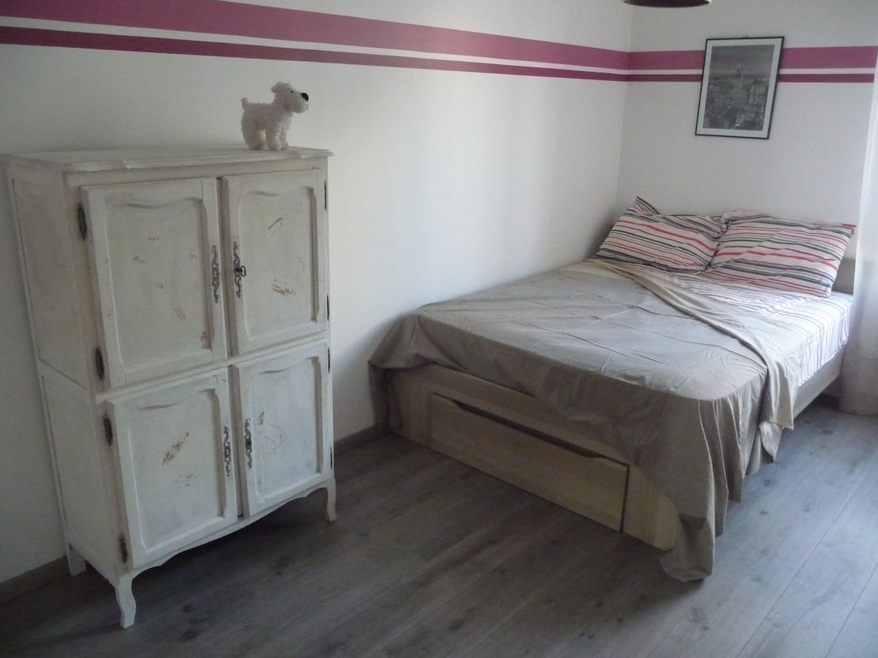 La chambre (Milou vous surveille !) / The guest room (Snowy's watching you !)
