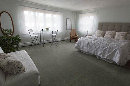 LaRose Wellness Retreat-Kangas Room - Oda + Kahvaltı
