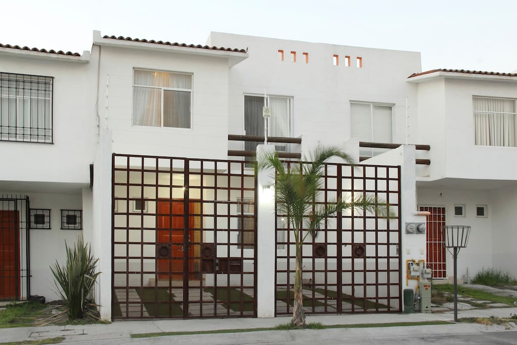 MODERN TWO STORY TOWNHOUSE IN A SAFE SEMI GATED NEIGHBOURHOOD