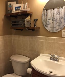 2 Beds/Private Bath near beach and JFK - Queens - House