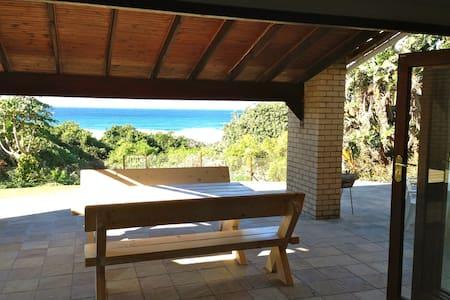 Beautiful beachfront holiday home