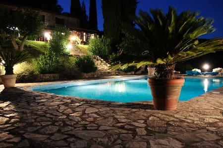 Apartment Alex - Tuscany Charme - Sassetta - Lägenhet