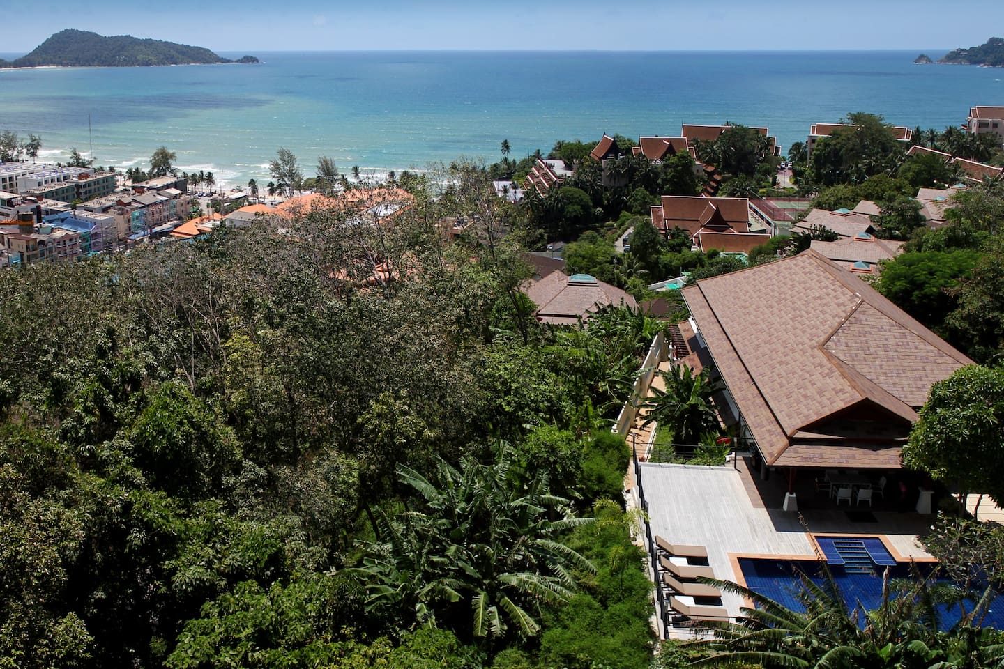 total privacy at a stone throw away from exciting Patong