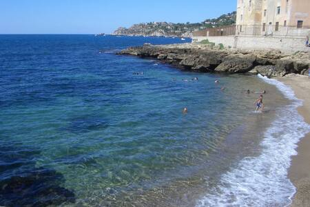 Mare & cultura in Sicilia (Palermo) - Aspra - Huoneisto